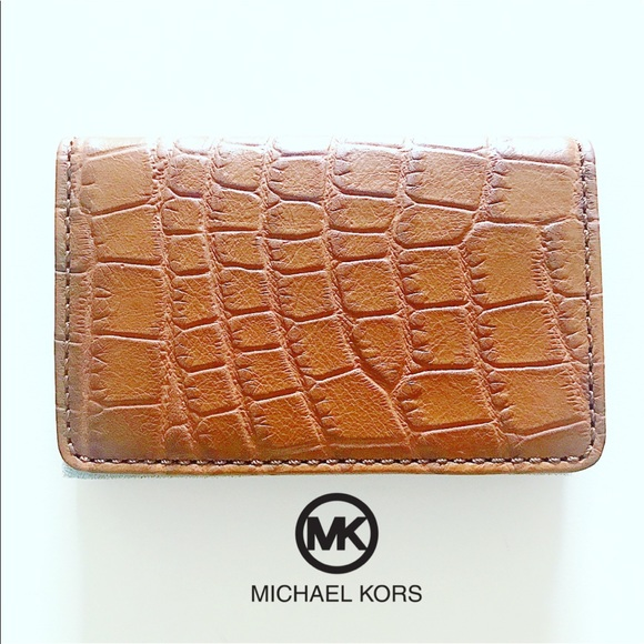 4aa1a4ed8 MICHAEL KORS Crocodile Leather Card Case. M_5acada091dffda989058fe78